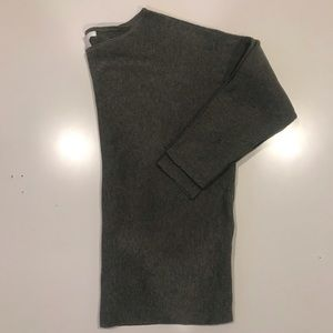 H&M Basics Hunter Green Sweater (Size S)